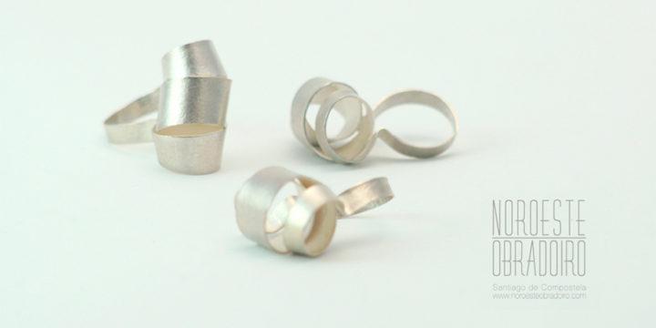 anillos de plata diseño de autor hecha a mano por Joyería Noroeste Obradoiro en Santiago de Compostela, Galicia
