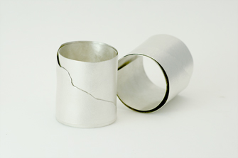 pulseras de plata diseño de autor hecha a mano por Joyería Noroeste Obradoiro en Santiago de Compostela, Galicia