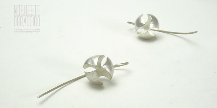 earrings by jewellery NOROESTE OBRADOIRO in Santiago de Compostela, Galicia